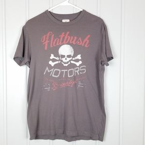 Tailgate clothing co graphic t'skirt